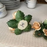 Cappidomonti Porcelain Flowers. 2 Candle Holder in Fort Campbell, Kentucky