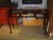 THOMAS-VILLE SOFA/HALL TABLE in Fort Eustis, Virginia