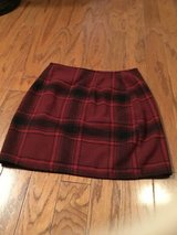***Adorable Hollister Flannel Skirt***Sz 0 NEW in Cleveland, Texas