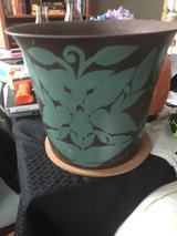 Decorative metal pot in Clarksville, Tennessee