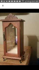 Wooden Jewelry Box in Fort Leonard Wood, Missouri
