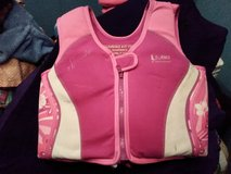 Pink Speedo Swimming Vest for Girls 4-6 yrs and weight 45-60 lbs in Fort Campbell, Kentucky