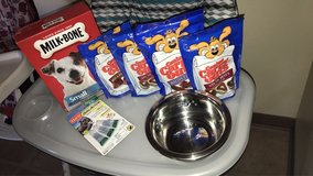 Small dog supplies $50 for all in Fort Irwin, California