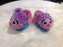 Abby Cadabby Slippers Shoes 7-8 in Clarksville, Tennessee
