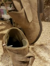 NWOT Rue 21 brown ankle boots in Perry, Georgia