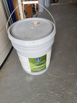 5 Gallon Bucket Sherwin Williams Paint in Spring, Texas