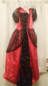 Queen of Hearts Costume in Glendale Heights, Illinois