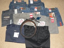 Mens 38x30 Lee Jeans, Jean Shorts, Khakis, & Belts in Lockport, Illinois