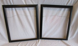 """Two art frame, size 24""""x20"""" in Fort Campbell, Kentucky"""