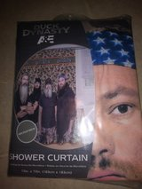 Duck Dynasty shower curtain in Houston, Texas