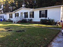 3BR/2BA home fenced back yard Pet w/fee Large breed ok in Camp Lejeune, North Carolina
