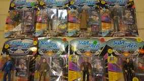 Star Trek Action Figures The Next Generation 7th Season 1994 in Chicago, Illinois