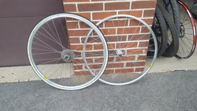 road bike wheelset in Chicago, Illinois