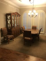 Formal Dining Group in Kingwood, Texas