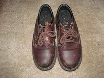 Men's size 9 steel toed work shoes in Fort Benning, Georgia