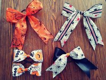 Halloween bows in Yucca Valley, California