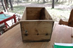 Vintage Wooden Apple Crate in Alamogordo, New Mexico