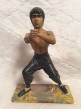 Sculpture: Bruce Lee in Macon, Georgia
