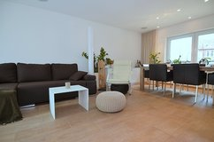 Exclusive and modernly furnished apartment with balcony in Plieningen, near Kelley - AG153749 in Stuttgart, GE