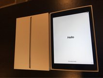 iPad 9.7 inch 32GB Space Grey 5th-Gen in Okinawa, Japan