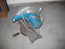 Miter Saw in Naperville, Illinois