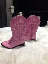Toddler Girls Pink Boots sz 7 in Clarksville, Tennessee
