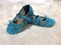 Turquoise Mary Jane shoes sz 7 in Clarksville, Tennessee