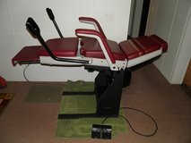 Midmark 413 Medical Examination Chair Foot Control GYN Stirrups in Warner Robins, Georgia