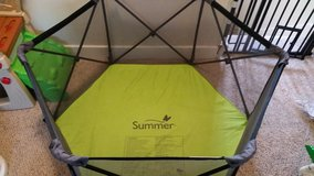 Summer Infant Travel Play yard in Conroe, Texas