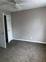 2 BDR APT in Fort Campbell, Kentucky