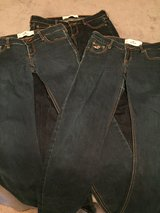 Hollister jeans Sz 5R, 3 pair in Fort Campbell, Kentucky