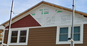 Brand new james hardie board straight shake (red color in upper triangle) in Bolingbrook, Illinois