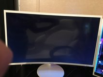 Samsung 32inch Curved Monitor in Livingston, Texas