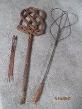 ANTIQUE RUG BEATERS in Bolingbrook, Illinois