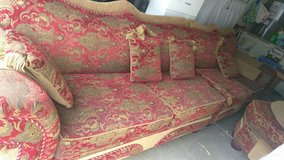 sectional couch 619-372-5993 text in Camp Pendleton, California