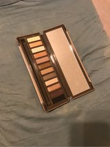 Urban Decay Naked 2 Palette *new only swatched in Alamogordo, New Mexico