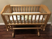 Infant baby cradle in Chicago, Illinois