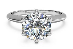 1 KT Solitaire Diamond Ring - White gold in Fort Rucker, Alabama