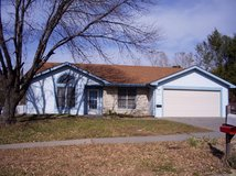 3bed 2bath 1472sq ft, 2102 Sunflower Court   Junction City, KS 66441 in Fort Riley, Kansas