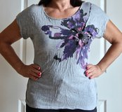 Gray APT 9 T - Shirt with Sequins. Size XL. in Okinawa, Japan