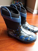 Western Chief boys rain boots size 13-1 in Bolingbrook, Illinois