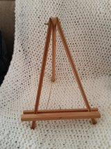 Small Wood Easel in Fort Campbell, Kentucky
