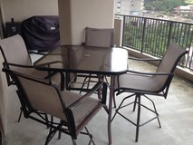 Outdoor Table w/4 Chairs in Okinawa, Japan