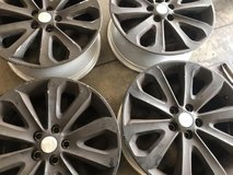 20 inch Land Rover rims in Beaufort, South Carolina