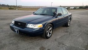 2005 Ford Crown Victoria - Runs Great - Super Low Miles in Beaufort, South Carolina