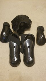 Century Adult Sparring gear, 5 piece in Kingwood, Texas