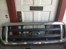 99-03 Ford F-250 grille in Baytown, Texas