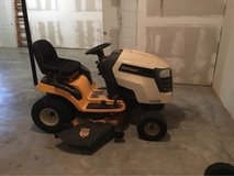 Cub Cadet XLT 1045 Riding Mower in Fort Campbell, Kentucky