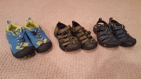 Size 13 Keens Boys Tennis Shoes and Sandals in Aurora, Illinois