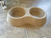Dog Food and water bowl set in Fort Riley, Kansas